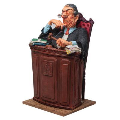 Скульптура Судья,