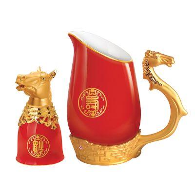 Набор для водки Кони, красный с золотом